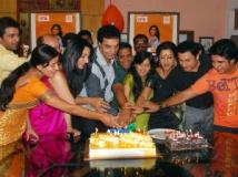 https://www.filmibeat.com/img/2012/04/20-niyati-success-meet-200412.jpg