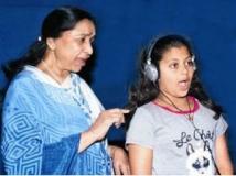 https://www.filmibeat.com/img/2012/04/24-asha-zanaya-240412.jpg