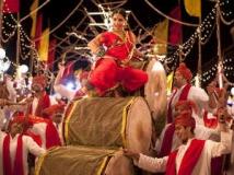 https://www.filmibeat.com/img/2012/05/09-vidya-lavani-song.jpg