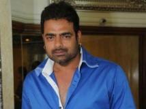https://www.filmibeat.com/img/2012/05/18-abhimanyu-singh-180512.jpg
