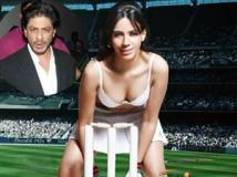https://www.filmibeat.com/img/2012/05/22-rozlyn-khan-srk-220512.jpg