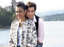 https://www.filmibeat.com/img/2012/07/05-aditya-naziya-050712.jpg