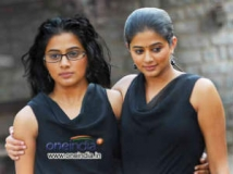 https://www.filmibeat.com/img/2012/09/21-charulatha-review.jpg