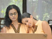 https://www.filmibeat.com/img/2012/09/25-charulatha-bo.jpg
