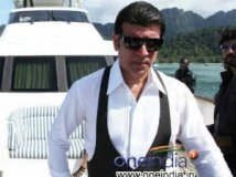 https://www.filmibeat.com/img/2013/03/13-adithya-pancholi-shadow.jpg