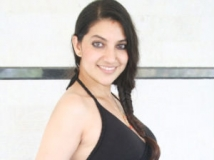 https://www.filmibeat.com/img/2013/03/26-bhavana-neer-dose.jpg