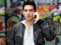 https://www.filmibeat.com/img/2013/04/04-zayed-khan-040413.jpg