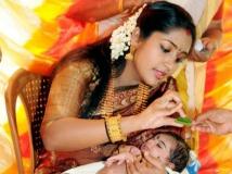 https://www.filmibeat.com/img/2013/05/11-hottest-malayalam-yummy-mummies-1.jpg