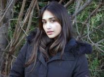 https://www.filmibeat.com/img/2013/06/11-jiah-khan-1-110613.jpg
