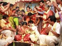 https://www.filmibeat.com/img/2013/06/27-gv-prakash-wedding-06.jpg