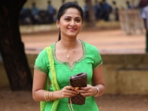 https://www.filmibeat.com/img/2013/07/25-bangalore-beauties-telugu-movies-1.jpg