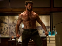 https://www.filmibeat.com/img/2013/07/29-jackman-body-looks-photoshopped.jpg