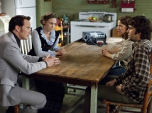 https://www.filmibeat.com/img/2013/08/01-the-conjuring-review-0.jpg