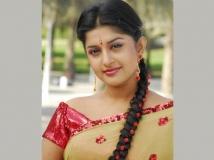 https://www.filmibeat.com/img/2013/11/12-meera-jasmine-turns-tv-anchor.jpg