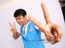 https://www.filmibeat.com/img/2013/11/21-saharaninadyaksha.jpg