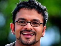https://www.filmibeat.com/img/2013/11/27-jayasurya-plays-blind-cricketer-in-next.jpg