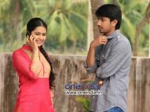 https://www.filmibeat.com/img/2013/12/15-raj-avika-uyyala-jampala.jpg