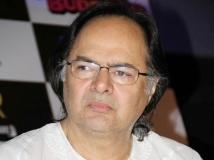 https://www.filmibeat.com/img/2013/12/28-farooq-sheikh-died.jpg