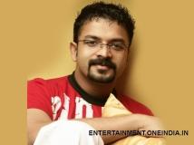 https://www.filmibeat.com/img/2014/01/30-jayasurya-turns-singer-once-again.jpg