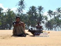 https://www.filmibeat.com/img/2014/02/13-videosongofulidavarukandanthe.jpg