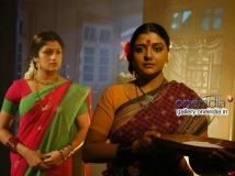 https://www.filmibeat.com/img/2014/02/15-avatharam-movie-pictures.jpg