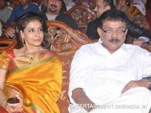 https://www.filmibeat.com/img/2014/02/20-lissy-and-priyadarshan-03.jpg