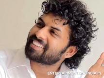 https://www.filmibeat.com/img/2014/03/04-sunny-wayne-an-ambulance-driver-in-saaradhi.jpg