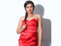 https://www.filmibeat.com/img/2014/03/17-navneet-kaur-harassment-case.jpg