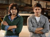 https://www.filmibeat.com/img/2014/04/08-santhanam-vaaliba.jpg