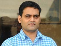 https://www.filmibeat.com/img/2014/04/16-praveen-sattaru-interview.jpg