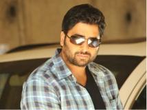 https://www.filmibeat.com/img/2014/04/20-rowdy-fellow-nara-rohith.jpg