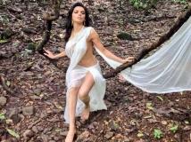 https://www.filmibeat.com/img/2014/04/28-sherlyn-chopra.jpg