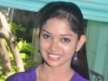 https://www.filmibeat.com/img/2014/06/20-priyanka-kalanijayam.jpg