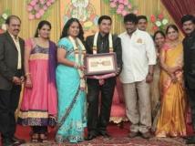 https://www.filmibeat.com/img/2014/06/26-swaminathan-wedding-06.jpg