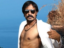 https://www.filmibeat.com/img/2014/07/28-harish-uthaman-telugu-power.jpg