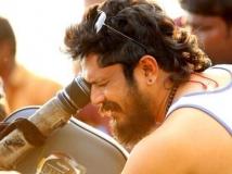 https://www.filmibeat.com/img/2015/02/17-1424173158-jomon-t-john-turns-director.jpg