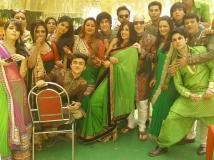 https://www.filmibeat.com/img/2015/04/01-1427880303-itna-karo-na-mujhe-pyaar-actors-bitching-about-balaji-telefilms-caught.jpg