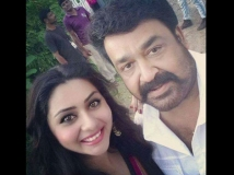 https://www.filmibeat.com/img/2015/09/16-1442352863-namitha-in-mohanlal-pulimurugan.jpg