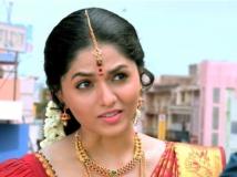 https://www.filmibeat.com/img/2016/03/sunaina-theri-31-1459412614.jpg