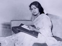 https://www.filmibeat.com/img/2016/05/biopic-on-savitri-27-1464330939.jpg