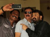 https://www.filmibeat.com/img/2016/06/oppam-is-original-priyadarshan-30-1467281559.jpg