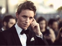 https://www.filmibeat.com/img/2016/11/eddie-redmayne-auditioned-for-star-wars-the-force-awakens-09-1478687776.jpg