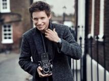 https://www.filmibeat.com/img/2016/11/passion-makes-people-attractive-eddie-redmayne-15-1479205078.jpg