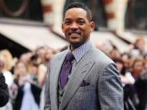 https://www.filmibeat.com/img/2016/12/will-smith-looks-to-spread-relief-through-his-work-14-1481694747.jpg