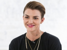 https://www.filmibeat.com/img/2017/01/ruby-rose-calls-for-strong-female-protagonists-in-hollywood-27-1485500831.jpg