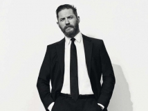 https://www.filmibeat.com/img/2017/01/tom-hardy-says-he-has-no-memory-past-the-age-of-25-18-1484728774.jpg