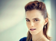 https://www.filmibeat.com/img/2017/02/emma-watson-wants-to-have-michelle-obama-for-pep-talk-18-1487418239.jpg