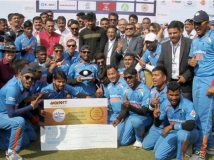 https://www.filmibeat.com/img/2017/02/india-wins-t20-world-cup-for-blind-and-shahrukh-khan-and-hrithik-roshan-congratulated-the-boys-13-1486965791.jpg