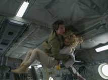https://www.filmibeat.com/img/2017/03/did-you-know-tom-cruise-s-zero-gravity-mummy-stunt-is-real-without-any-cgi-31-1490962750.jpg