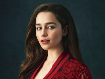 https://www.filmibeat.com/img/2017/03/emilia-clarke-does-not-feel-it-necessary-to-justify-her-role-in-game-of-thrones-08-1488974847.jpg